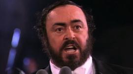 Medium_hommage_a_pavarotti